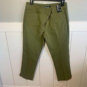 crop pant straight leg.
